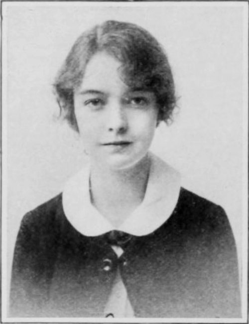 Lillian Gish, passport photo c. 1917.