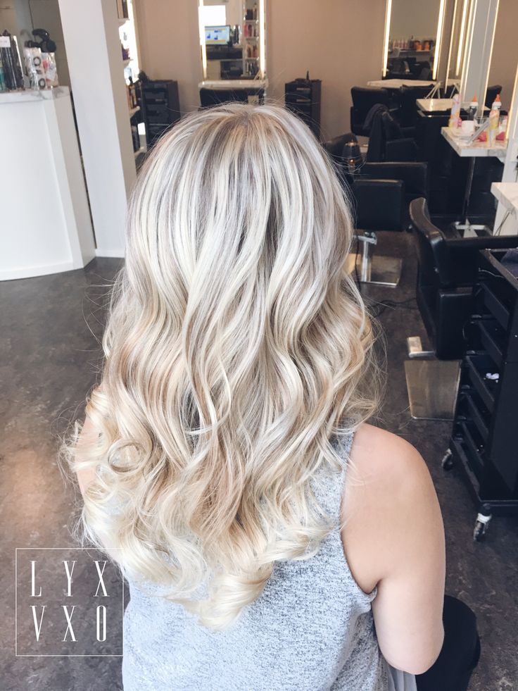 Lovely glamorous blonde hairstyle and haircolor 💕 #lyxvxo #oliverabobuiescu