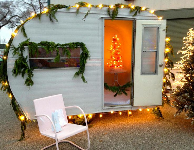 1000 images about christmas rvs campers on pinterest campers xmas and - Christmas Camper Decoration