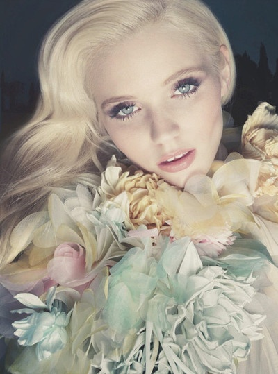 """Abbey Lee Kershawfor Flora by Gucci """"The Garden Collection""""Gucci Flora, Gardens Collection, Inspiration, Pastel Cerveza Tennis, Beautiful, Perfume Ads, Fashion Photography, Abbey Lee Kershaw, Female Photography"""