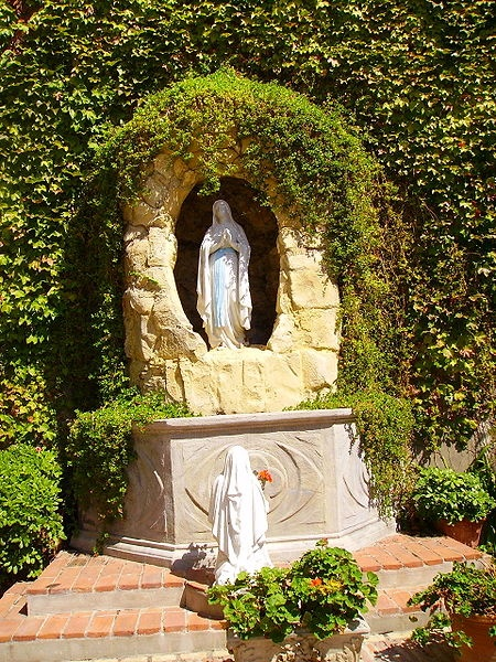 Lourdes grotto, Sacred Heart Church, Gibralter