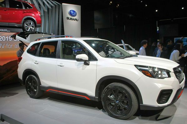 The 2019 Subaru Forester Is A Two Row Compact Suv With A Long List Of Pluses Subaru Forester 2019 Sport Comes Standard In 2020 Subaru Forester Subaru Best Midsize Suv