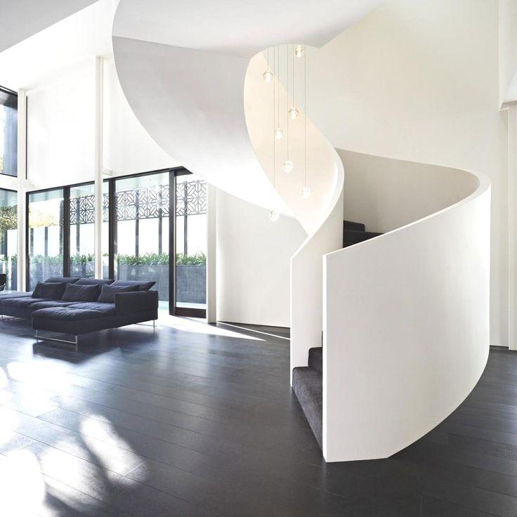 Fabulous Verdant Avenue House With Sleek Lines Melbourne Australia