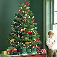 Locate XMAS 2014 Pictures, images and wishes. Find the latest Xmas offers and SMS.