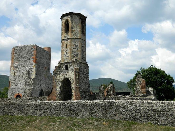 Fotó itt: Kisnánai vár - Google Fotók