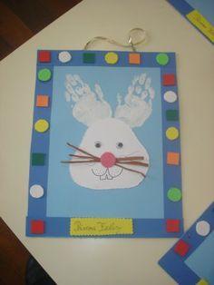 * Hand print Bunny. Love it!