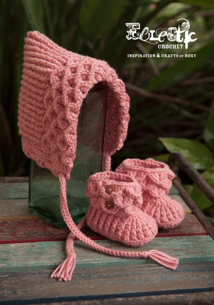 Crocodile Pixie Hat; Crochet Baby Bonnet, by Pia Thadani Free Ravelry Download here:  http://www.ravelry.com/patterns/library/crocodile-pixie-hat Crochet Botties (a purchase pattern)