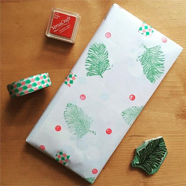 #wrappingpaper #handmade #rubberstamp #versacraft #christmas #scandipan