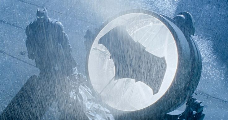 Listen to Junkie XL's 'Dawn of Justice' Batman Theme -- Junkie XL has composed a brand new theme for Ben Affleck's Dark Knight in 'Batman v Superman: Dawn of Justice', and you can listen to it right here. -- http://movieweb.com/batman-v-superman-junkie-xl-soundtrack/
