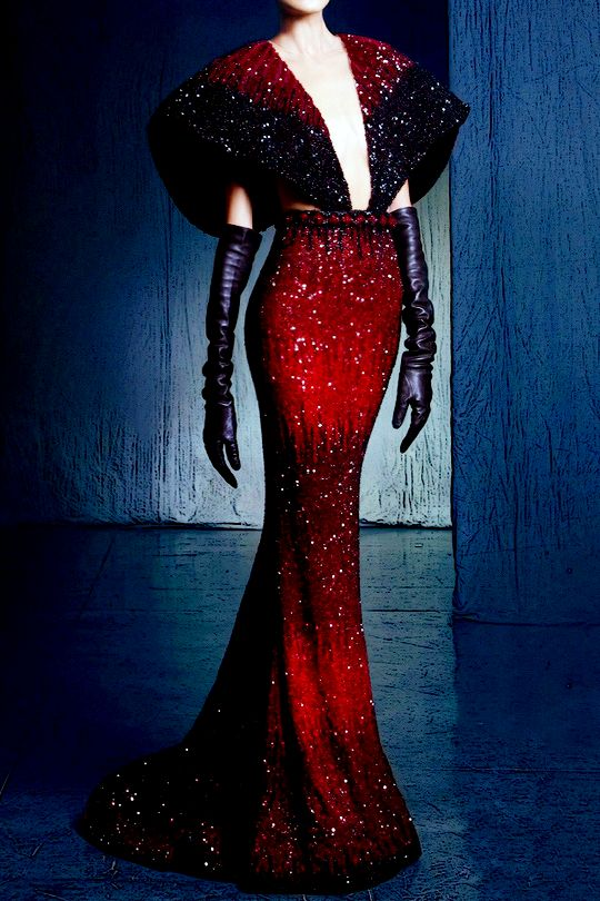 NICOLAS JEBRAN Couture Fall/Winter 2016 with glamorous 1940s space empress, for the win.