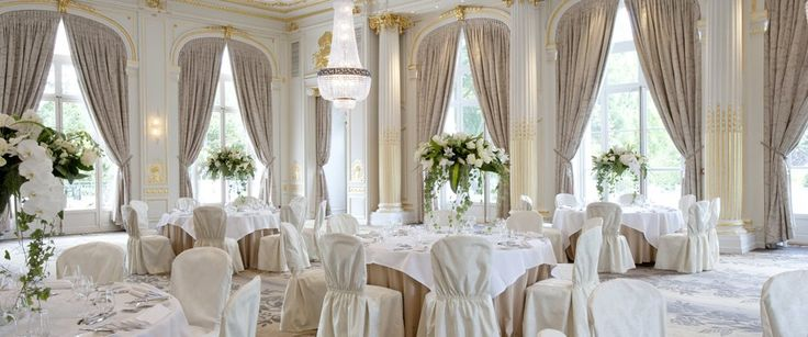 Love this all-white look for a wedding reception