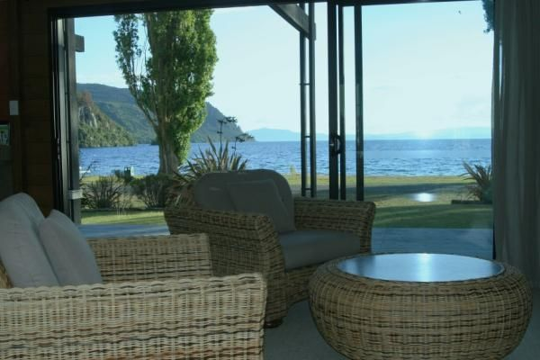 Taupo Holiday Home Rental - 3 Bedroom, 2.0 Bath, Sleeps 7