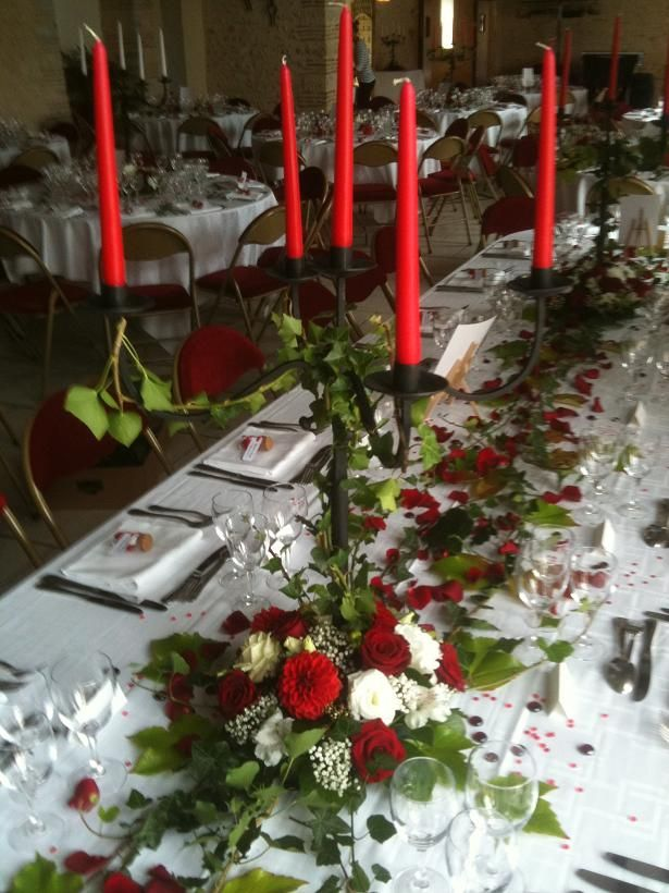 Lierre rouge d co id e pinterest chandeliers - Decoration de table rouge et blanc ...