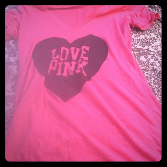 VS Pink Black Heart Love Pink Logo top S EUC VS PInk Top with black heart love pink in center size S make me offers PINK Victoria's Secret Tops