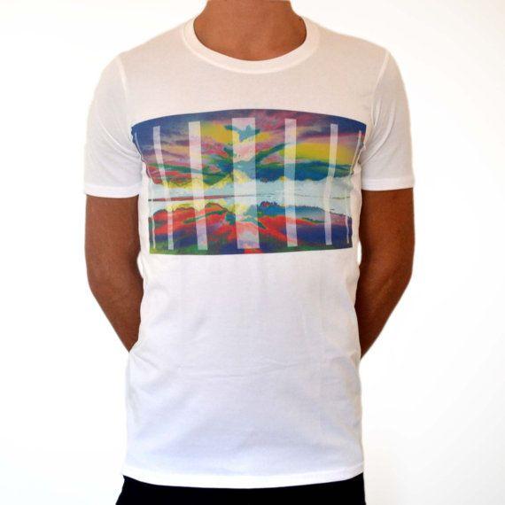 Printed t-shirt Psycho Mountain di ClanWeAreClothing su Etsy