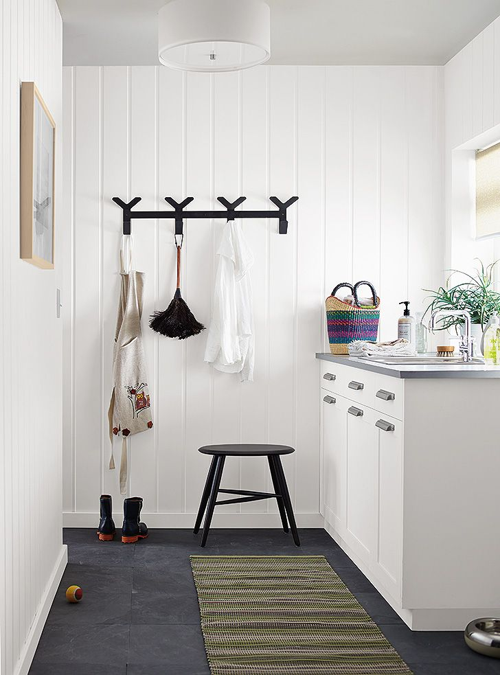 From your entryway to kitchen, our modern wall hooks will add practical storage to any space. Here are a few inspiring ideas for using hooks in your home.