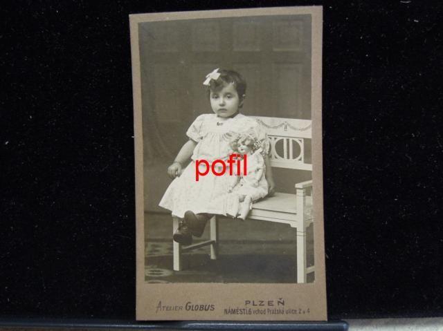 Kabinetka - Dítě s panenkou /254164/ (5248866071) - Aukro - největší obchodní portál