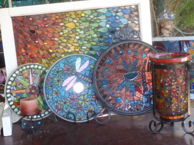 16 Best Mosaic Ideas For My Tree Stump Table Images On