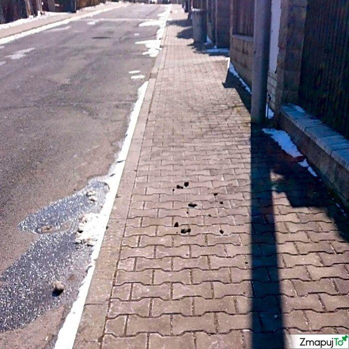 Podnět 145655 - Drobný nepořádek - Jesenice Praha-západ #Drobnýnepořádek #JesenicePraha-západ #ZmapujTo #MobilniRozhlas