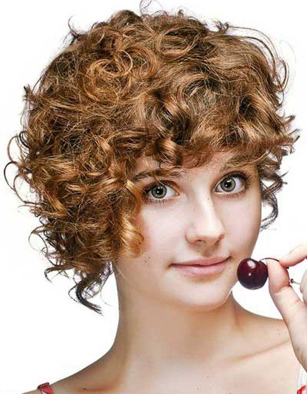 Ide Terbaik Potongan Rambut Di Pinterest Rambut Bergelombang - Gaya rambut pendek yg elegan