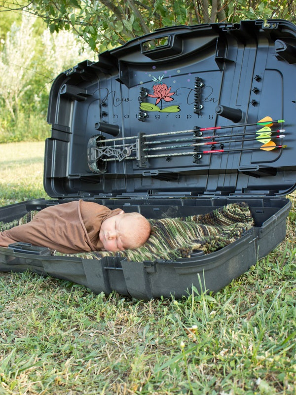 Cute pic for a little boy if the parents shoot bows or hunt!!!
