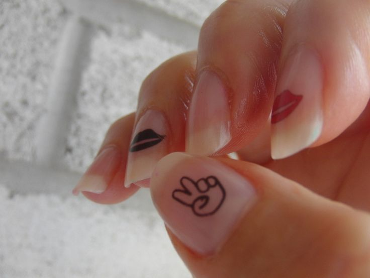 42 best heart pinky tattoo images on pinterest pinky for Pinky finger tattoos