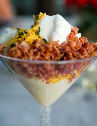 I would love this if I saw this at a wedding! Who doesn't love loaded mashed potatoes?