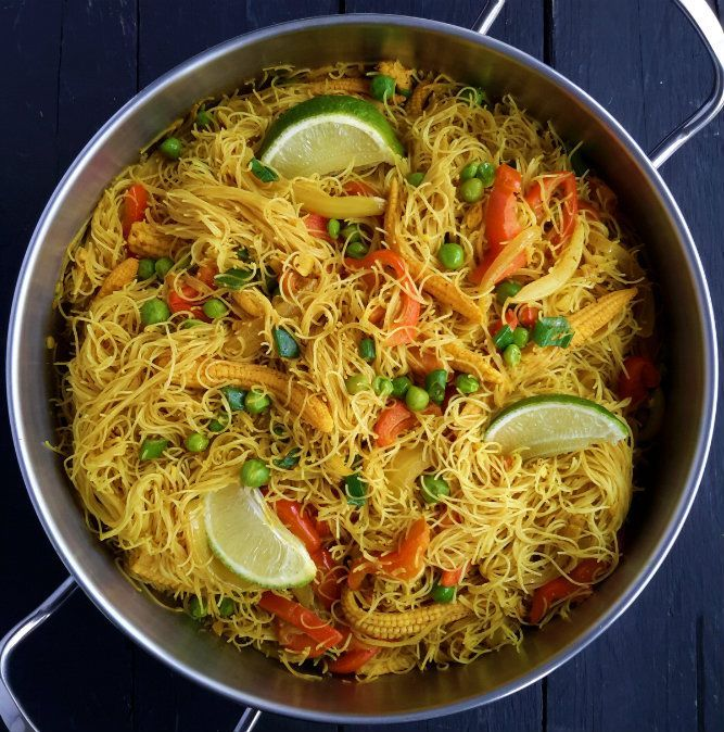 Vegetable Singapore noodles are a great 15-minute weeknight dinner. Mixed veggies in curried rice vermicelli. A great vegetarian or vegan main dish!