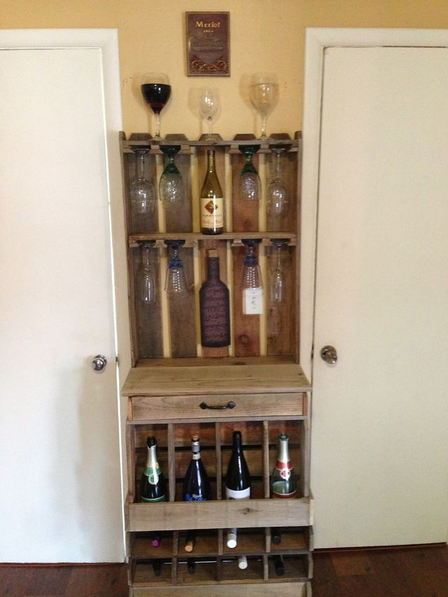 I recieved a buch of cedar fence pickets from a old fence tear out. I wanted to keep as much of the old look as possible. My wife had been asking for a wine rack, so this is what I came up with..