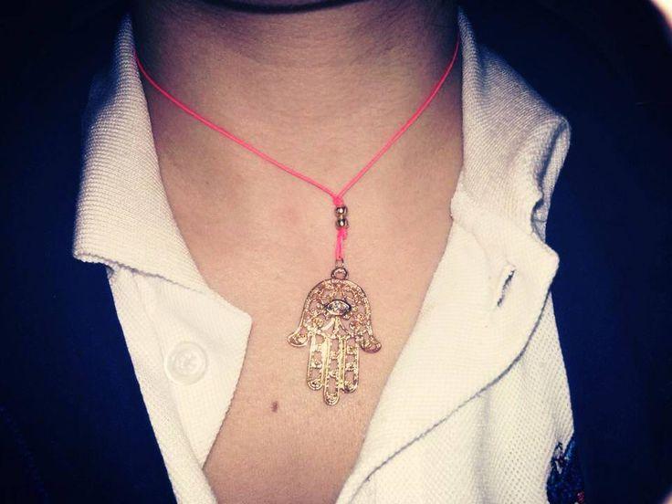 Pedido Especial!!! hilito hamsa #protection #necklace #Design #Trend #Colombia #MadeInColombia #hechoamano #accesoriosdivinos #manodefatima #protección #cilentasfelices