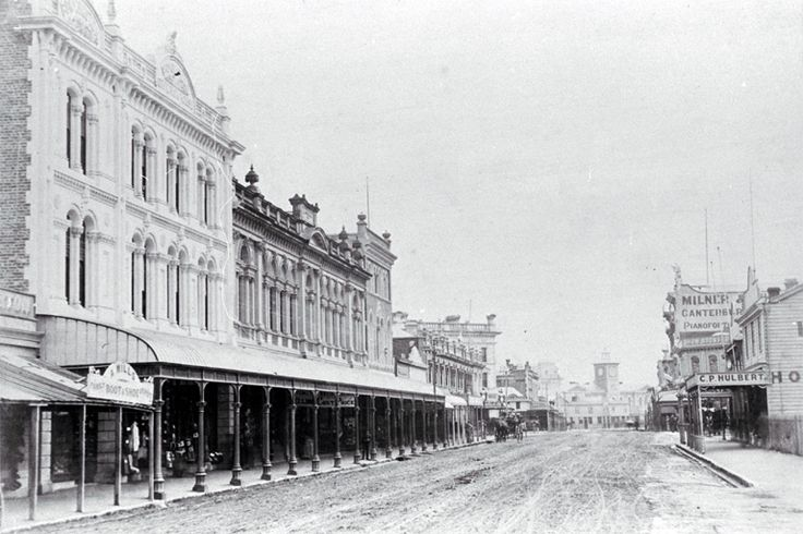 High Street looking north to the Post Office, Christchurch