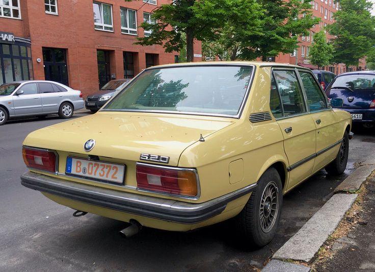 BMW 520 (E12)