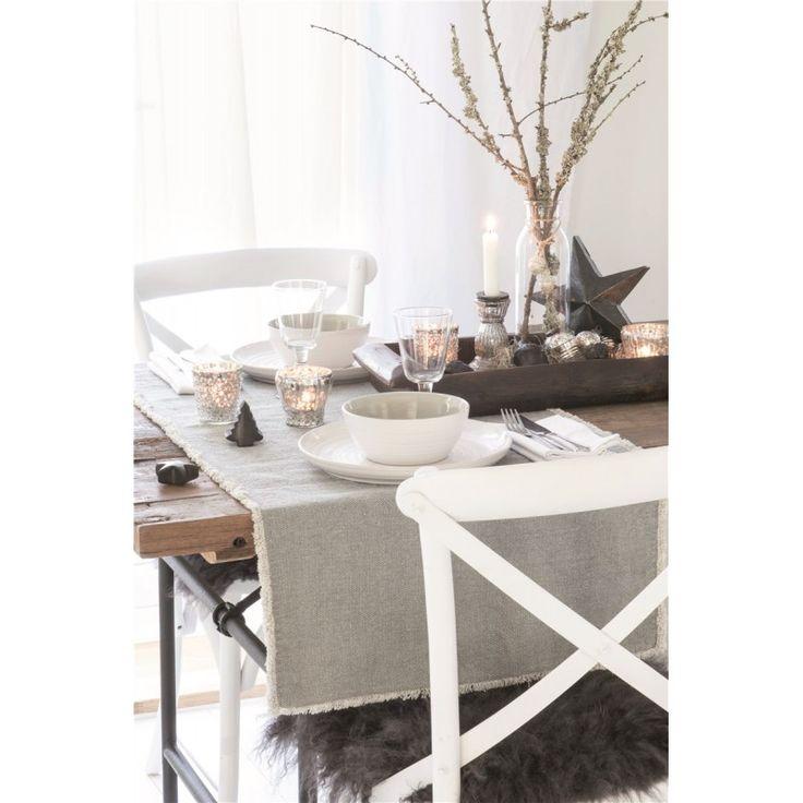 Tischläufer grau erhältlich im Webshop: derkariertehund.de #advent #adventszeit #weihnachten #weihnachtsdeko #godjul #winterdeko #skandinavischesdesign #hygge #hyggelig #skandi #scandi #iblaursen