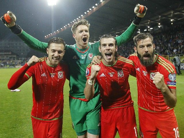 Wales Football Team Images Find best latest Wales Football Team Images for your PC desktop background & mobile phones.
