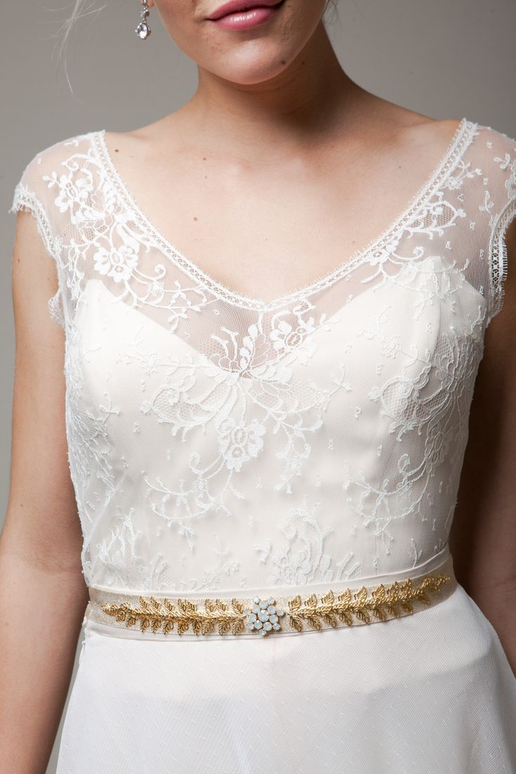 16 best a c c e s s o r i e s village bridal images on for How to ship a wedding dress usps