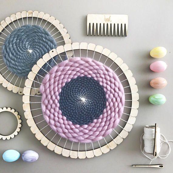 Circular Weaving Loom Kit.  Medium lap loom.  Learn to frame