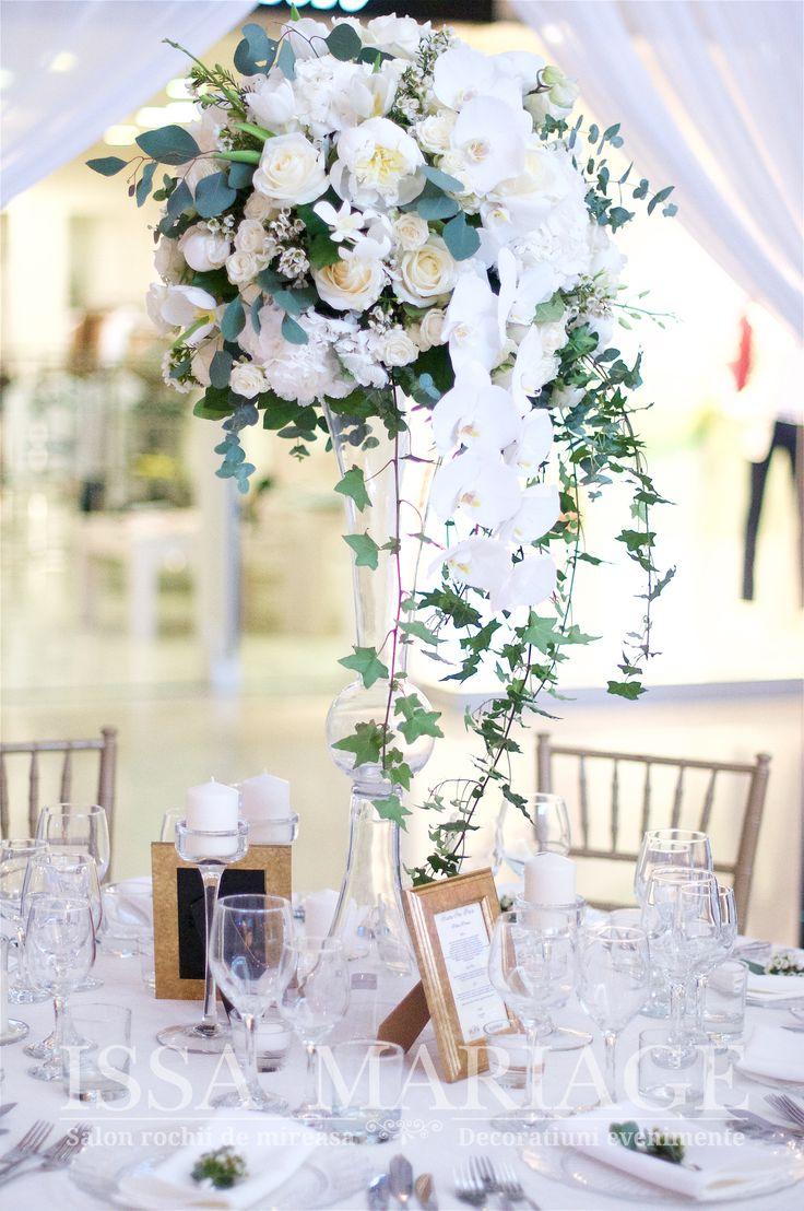 Decor nunta vaza cilindrica cu aranjament floral deosebit IssaEvents 2017