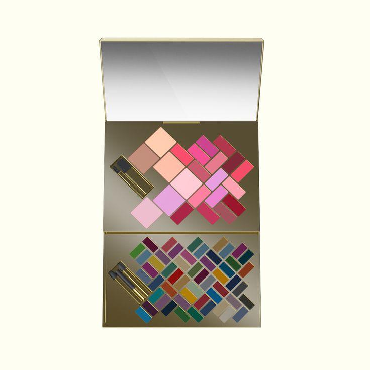 // VICTORIA'S SECRET // ........................................................ Make-Up Compacts — More description  www.atlason.com