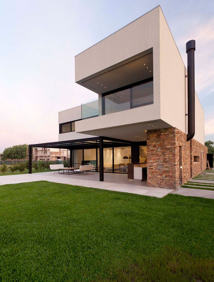 image 17 of 28 from gallery of a house estudio gmarq photograph by alejandro peral - Contemporary House Ideas