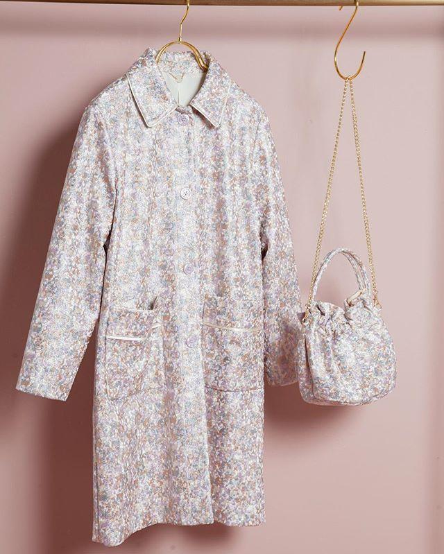 Coat 24,000yen Bag 8,400yen #lilybrown #lily_brown #earlyspring #fashion #pink