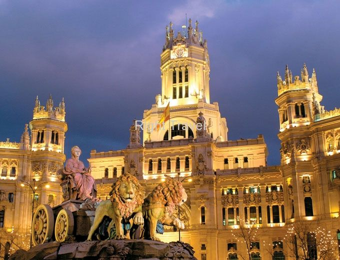 Find the best Spain vacation packages offered by right travel.