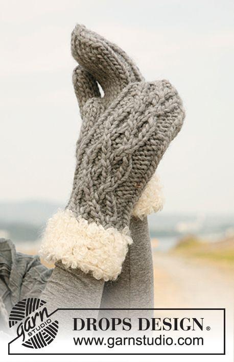 """Ensemble: bonnet et moufles DROPS en """"Eskimo"""" ou """"Andes"""", bordure fourrure en """"Puddel"""". ~ DROPS Design"""