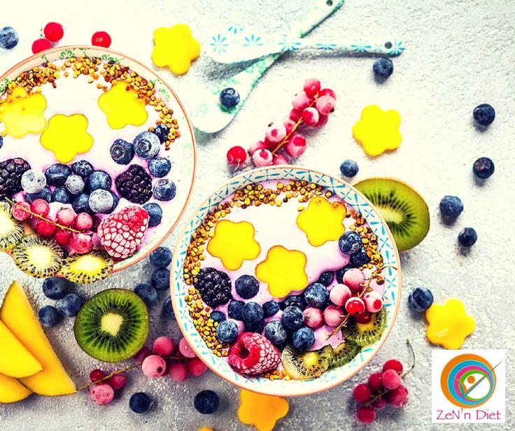 🍏🍯🥛COMMENT CHOISIR UNE COLLATION SAINE ET BONNE POUR LA SANTÉ ?🍏🍯🥛 Les collations prises habituellement vers 10h et 17h, sont des petits encas sains et un excellent moyen de réguler votre faim pour patienter jusqu'au prochain repas. Mais encore faut-il bien les choisir ! Ce sont les aliments riches en fibres qui permettront d'atteindre rapidement la sensation de satiété tout en vous procurant de l'énergie. Une pause saine vous rassasie et évite les grignotages compulsifs qui dérèglent…