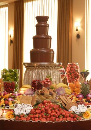 Oooo how much I would absolutely LOVE to have this at the reception!!