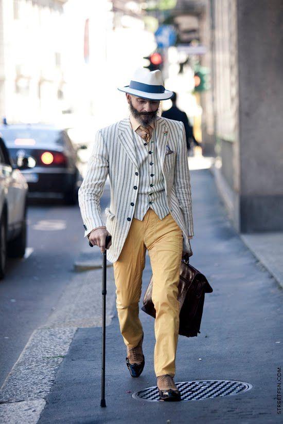 Oscar Giannino giournalist italian very elegance man