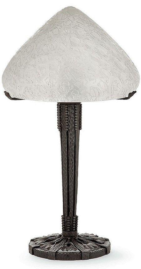 Edgar BRANDT 1880 1960 Grande lampe  poser piétement en fer