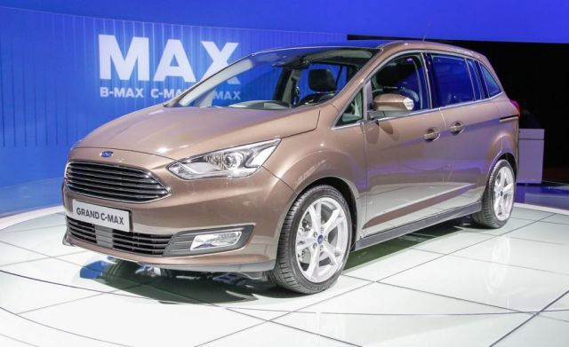 2019 Ford C Max Will Use The Similar Platform As Model Ford Focus Ford C Max Hybrid Ford Ford Focus