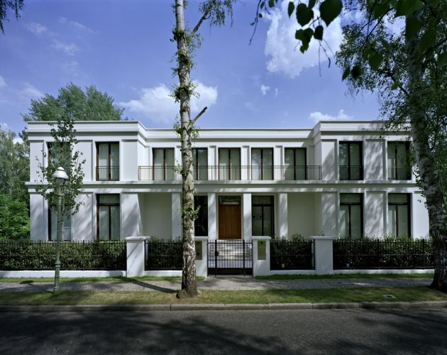 Villa Volgelsang in Berlin by Hoehne Architekten.