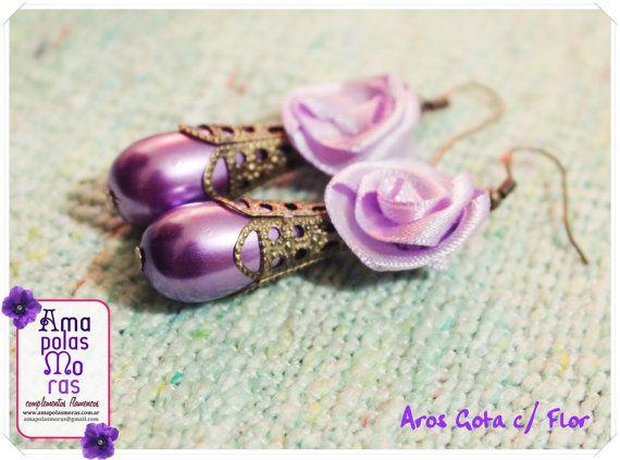 Aros de perlas en gota con filigrana y flor de por AmapolasMoras
