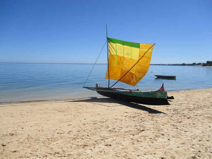 Pirogue traditionnel dans le sud de Madagascar